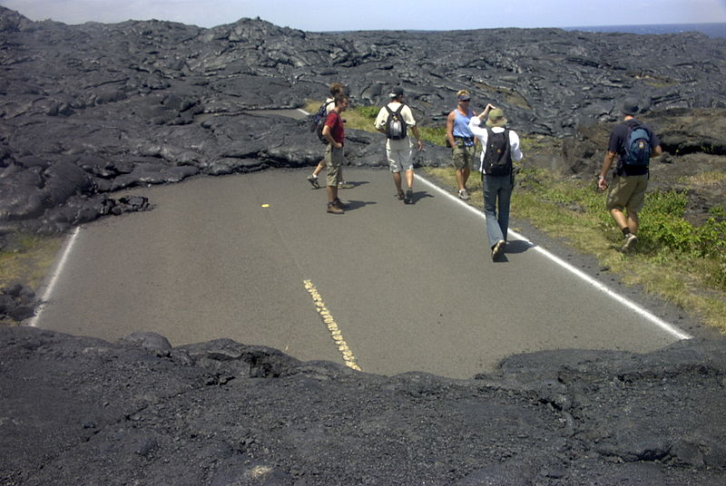 HawaiiLavaNoRoad
