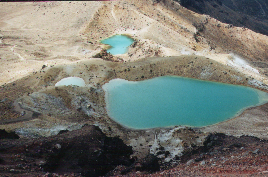 emerald_Lakes