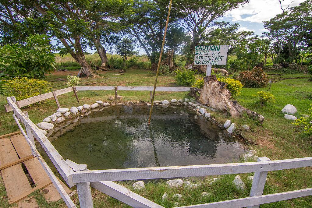 Sabeto Hot Springs