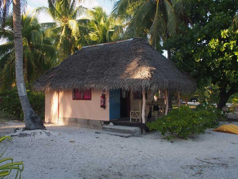 Strandhütte in Tikehau