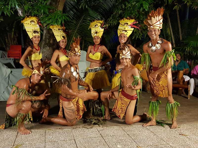 Tanzgruppe auf Bora Bora