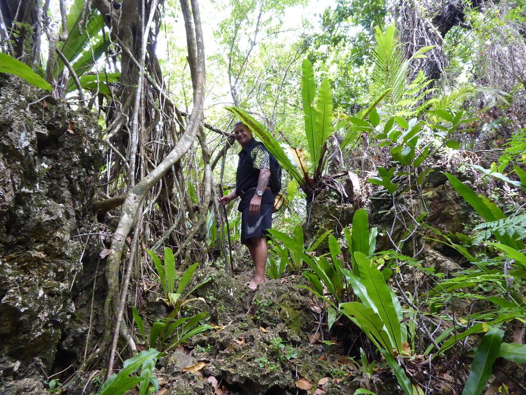 Guide auf Atiu Cook Inseln