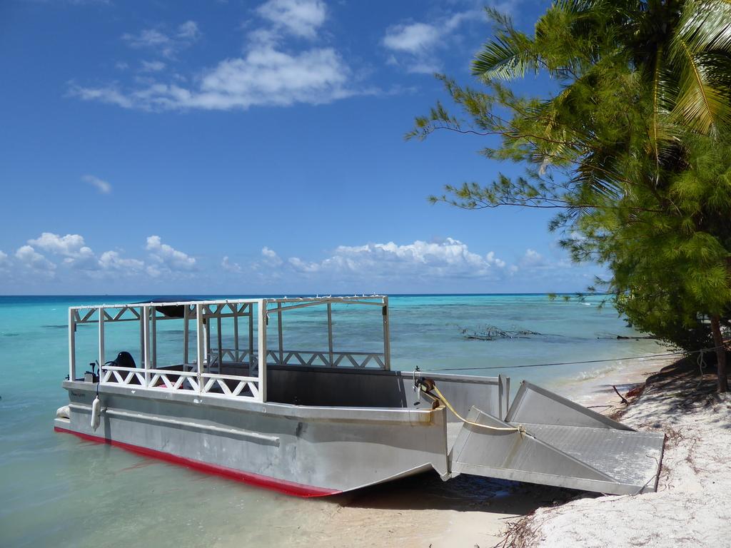Transfer mit Boot Tikehau
