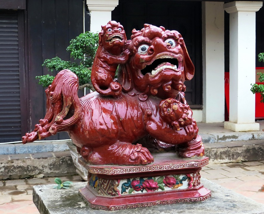 Drachenstatue im Tempel der Literatur