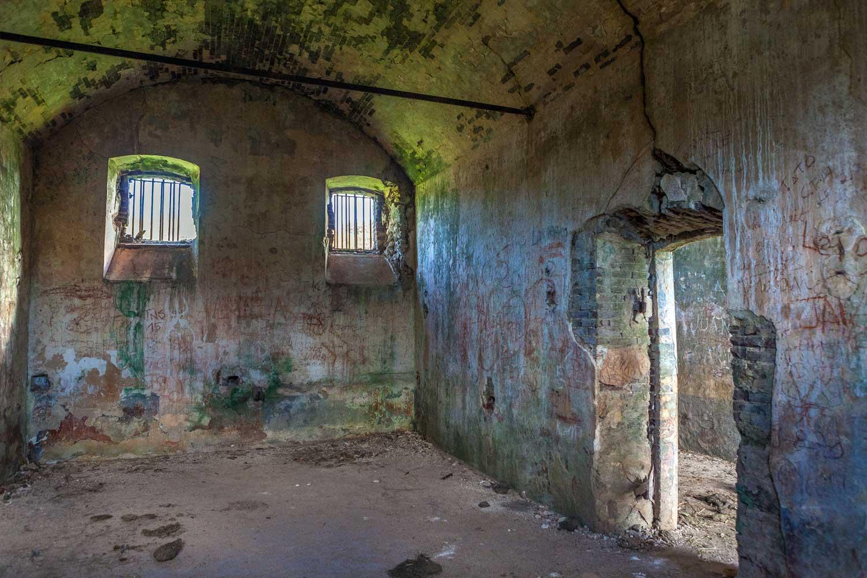 Gefängnis am Friedhof